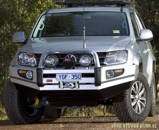 ARB nárazník SaharaBar VW Amarok šedá metalíza