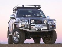 ARB nárazník Deluxe Winch Bar Nissan Patrol Y61