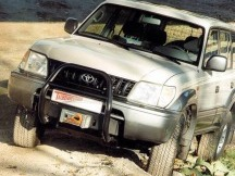 Montážní sada Toyota Land Cruiser J9 s navijákem Warn XD9000